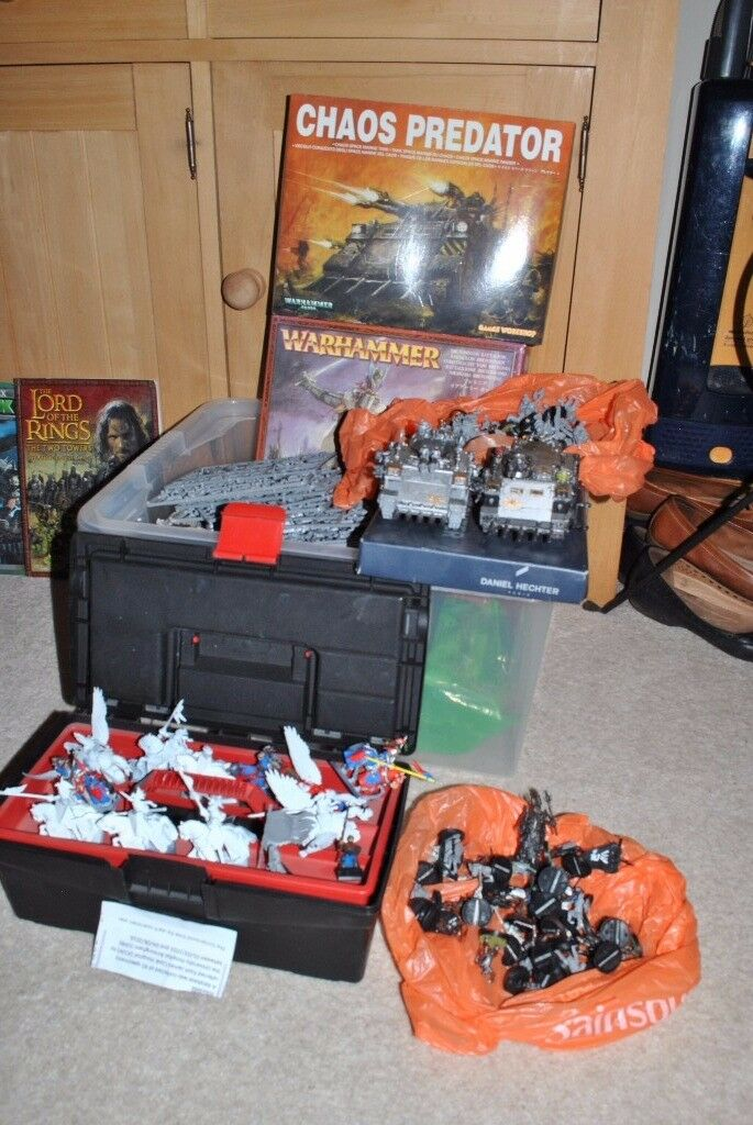 WARHAMMER models/figures/parts/books/various