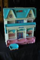 Fisher Price 1993 Dollhouse ~ including Loveseat