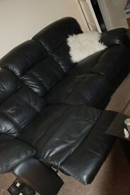 3 seater black sofa with recliner