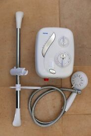 Triton AS2000XT Aqua Sensation Thermostatic Power Shower - used but in good working order