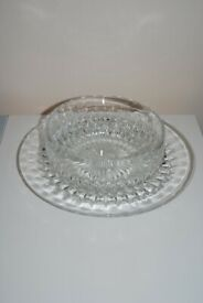 GLASS SERVING BOWL & PLATE SET