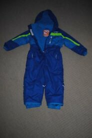 Kids all in one Campri ski suit age 3-4 as new (used for 1 week only)