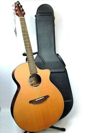 BreedLove Atlas Solo J350/CM Electro-Acoustic Guitar with Hard Case £650