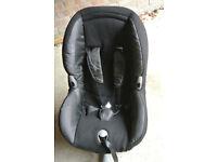 Maxi Cosy PrioriFIX car seat, ISOFIX, 9-18kg, great condition, black