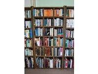 BOOKCASE varying height shelves for your book collection. Reclaimed wood upcycle VARIED gplanera