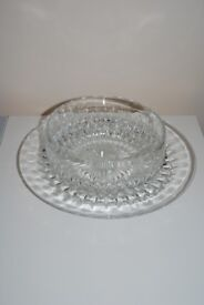 GLASS SERVING BOWL & PLATE SET