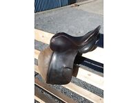 Albion General Purpose Jumping Saddle 17.5 inch