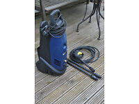 Pressure washer with two wash lances and brush