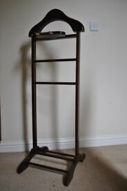 Gentlemens Valet Stand Clothes Hanging Stand Wooden Vintage by Chillingham 120cm