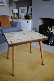 Small retro table with screw-in splayed legs with a 50's vibe