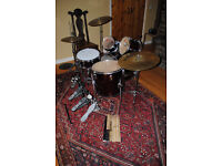 BEGINNERS DRUM KIT, includes cymbols, double bass pedal and sticks / Red Metallic