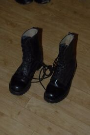 Men's Black Army Boots Size UK 7
