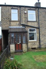 Recently refurbished one bed roomed property with garden and off street parking in Marsh, Hudds.