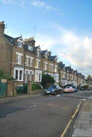 Fantastic one bedroom victorian garden flat to rent on lower slopes of Richmond Hill TW10