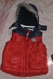 SLeevless Jacket