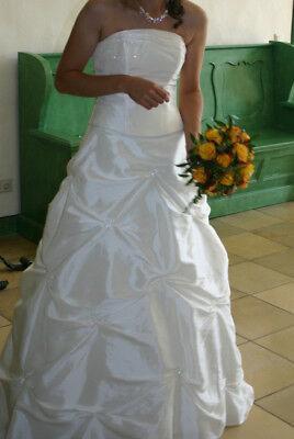 Hochzeitskleid zweiteilig in der Farbe champagner in der größe 36/38