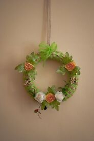 Beautiful rustic ornaments/decorations for your wall - perfect for spring!