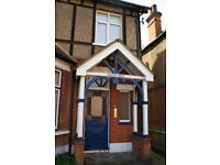 SPACIOUS STUDIO FLAT IN SUTTON FOR RENT (NO AGENCY FEES)