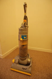 Dyson DC04 Upright Vaccum Cleaner