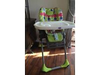 Chicco Polly 2 in 1 high chair in beautiful condition