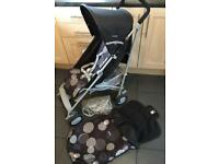 Chicco London Pushchair/ Stroller with matching Footmuff
