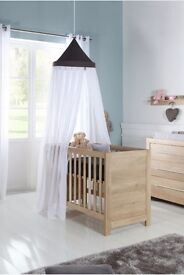 Kidsmill washed solid oak Cotbed