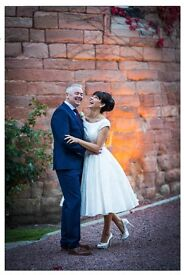 BEST CHRISTMAS OFFER 20% ON ALL PRODUCTS! Unique, creative, natural wedding and family photographer