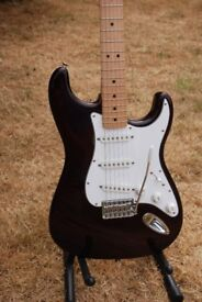 Mexican made Fender Stratocaster Plum colour 2000/2001 excellent condition