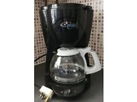 DeLonghi Filter Drip Coffee Machine -Holds 10 Cups - Full Working Order ONLY £8