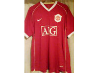 Manchester United 'Limited Edition' Football Shirt _Size XL _by Nike. 2006-07