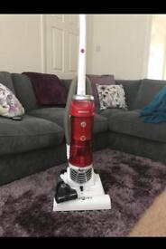 Hoover smart bagless vacuum