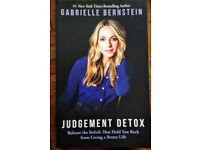 Judgement Detox: Release the Beliefs That Hold You Back from Living a Better Life Paperback