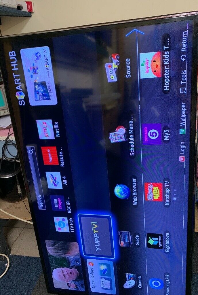 """Samsung 55"""" UE55ES6800 SMART TV WIWi-Fi AND REMOTE SLIGHTLY FAULTY 