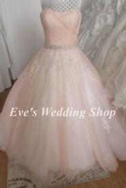 Beautiful peach /ivory wedding dress UK size 12/14