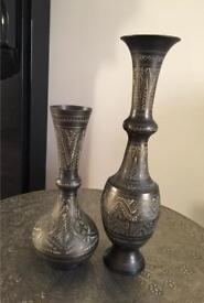 Set of two Handcrafted Brass decorative stands - Antiques