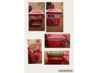 Disney minnie mouse bedroom set in excellent condition