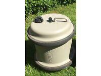 Aquaroll fresh water barrel.