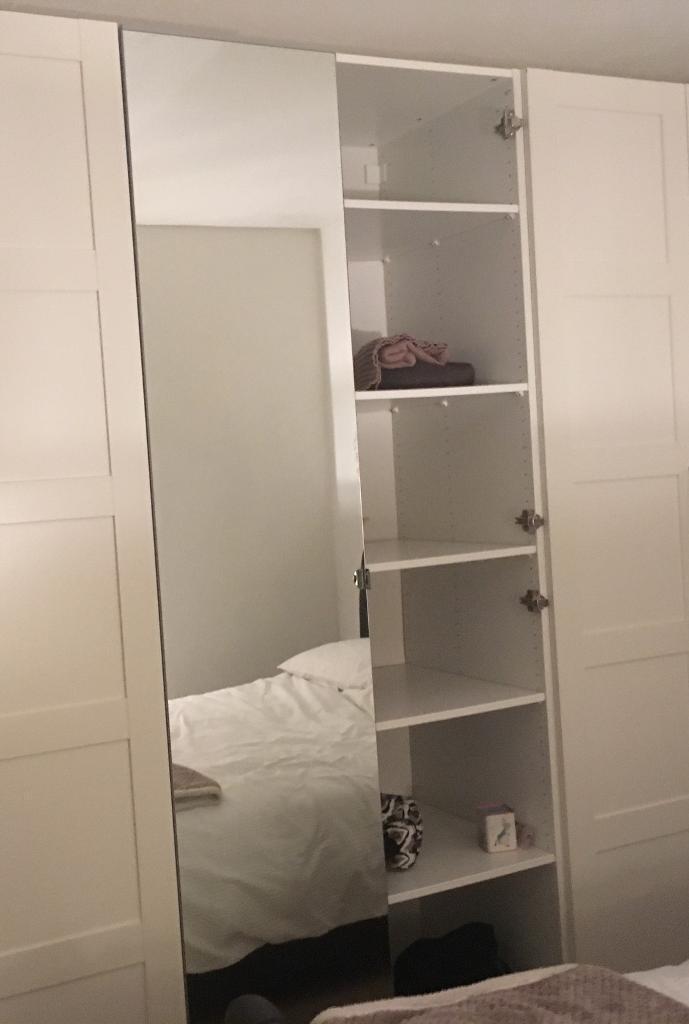 Mirrored double wardrobe