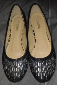 Ladies size 7 dolly shoes