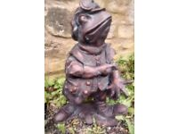Toad from Wind in the Willows,Tales of the Riverbank Garden Statue Bronze Effect Resin Post 1-2 Day.