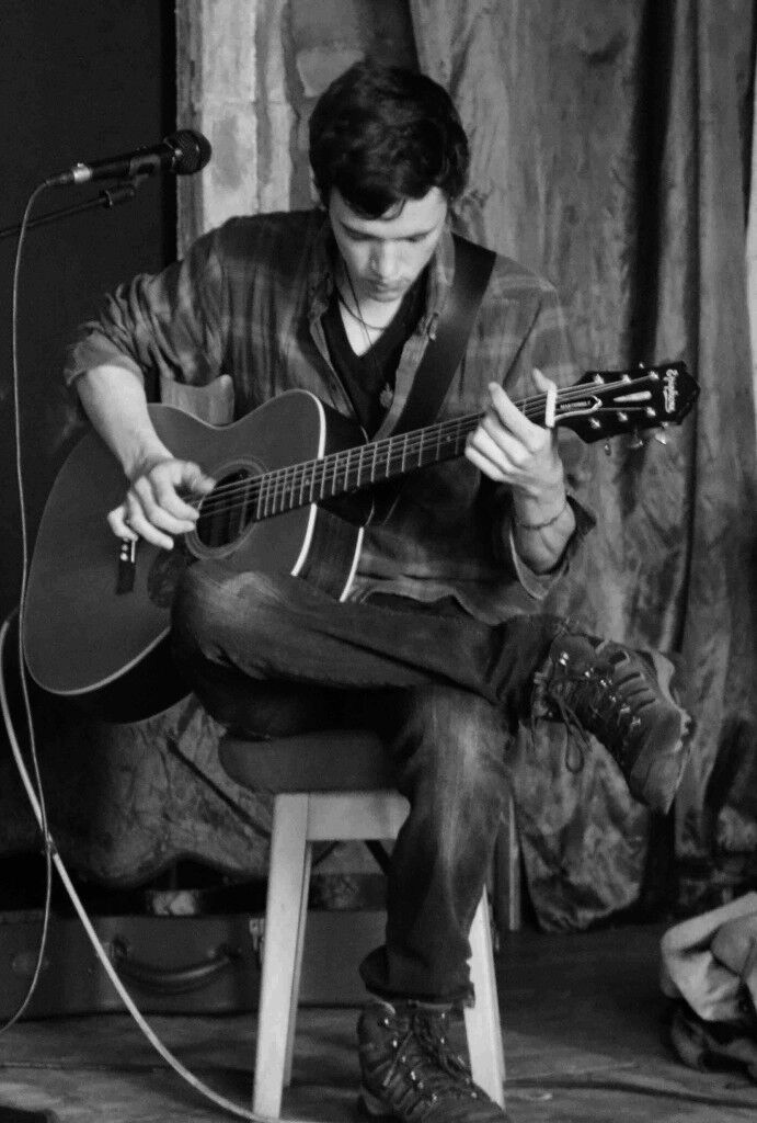 Private Guitar Lessons For All Ages with Experienced Professional Guitar Teacher Bedminster, Bristol