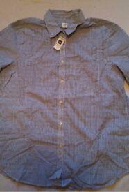 Sale New Gap Shirt size XL spot print