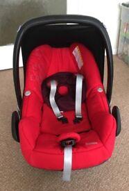 Maxi-Cosi Pebble Baby Car seat for sale
