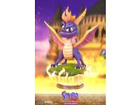 First 4 Figures Spyro Exclusive Statue With Day 1 bonus