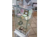 Glass lockable retail display units shop fitting