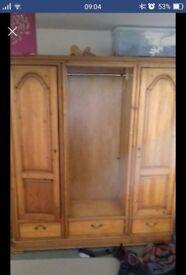 Pine triple wardrobe (no door for middle part)