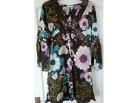 NEW LOOK – Floral Cotton beach summer holiday kaftan beach cover-up pretty sequin detail – Size 12