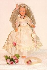 REDUCED- BOXED SINDY ROMANCE AND ROSES DOLL (With box) VINTAGE