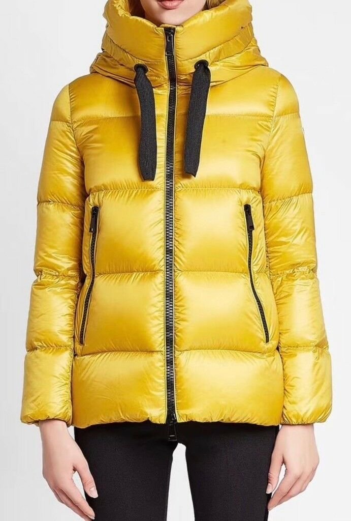Moncler Jacket BRAND NEW Moncler SERIN Hooded Coat 2018