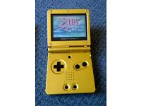 Nintendo Gameboy Advance Gold with 4 games (inc Zelda Minish Cap and Donkey Kong) RETRO Game Boy
